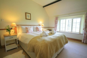 notgrove cotswold holiday cottage 3 church cottage bedroom