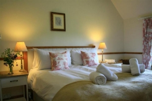 notgrove cotswold holiday cottage 3 church cottage bedroom3