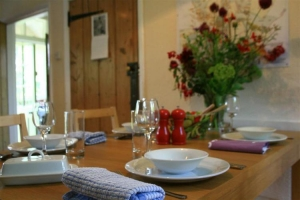 notgrove cotswold holiday cottage 3 church cottage dining