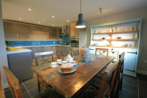 notgrove cotswold holiday cottage Wainway dining room