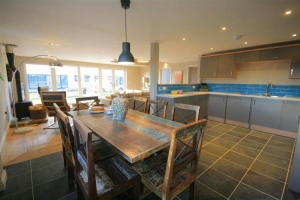 notgrove cotswold holiday cottage Wainway kitchen dining