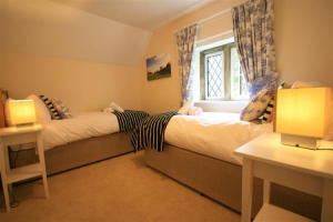 notgrove cotswold holiday cottage the lodge bedroom5